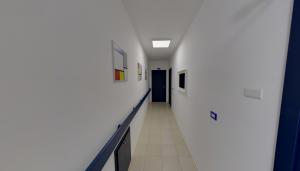 Corridoio secondo piano della clinica Dental House Kids