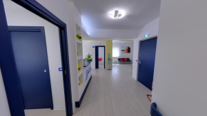 Accettazione e corridoio della clinica Dental House Kids